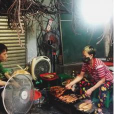 Hanoi Evening Street Eats by TapMyTrip