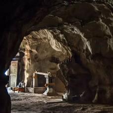Luang Prabang Half Day City Tour + Pak Ou Caves by TapMyTrip