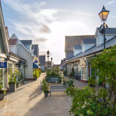 Bicester Village Shopping Trip from London by TapMyTrip
